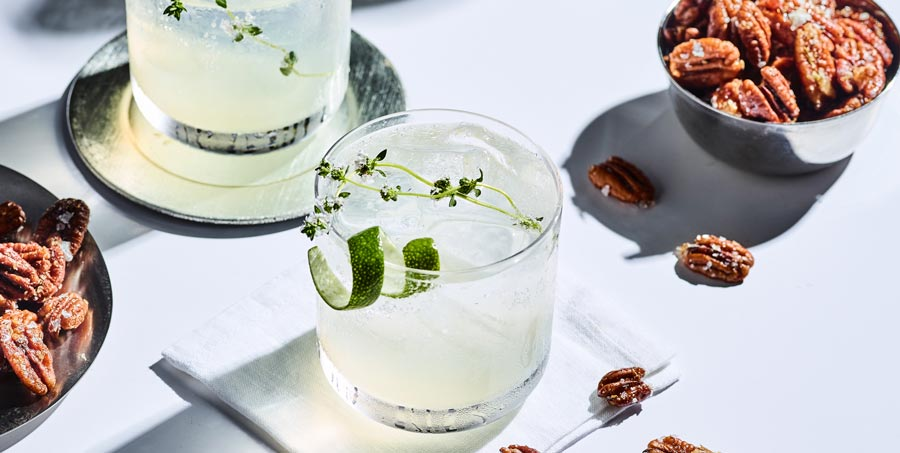 Thyme and Lime Honey Cocktail Recipe